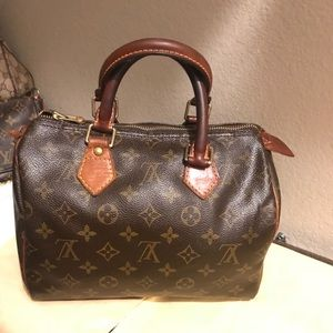 Authentic Louis Vuitton speedy 25